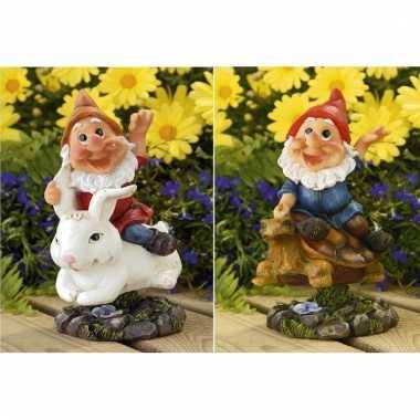 2x tuinkabouters rode muts op konijn/schildpad 21 cm